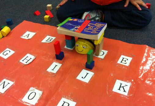 Beebots on alphabet grid