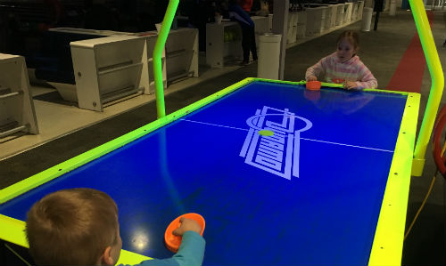 Hover hockey table