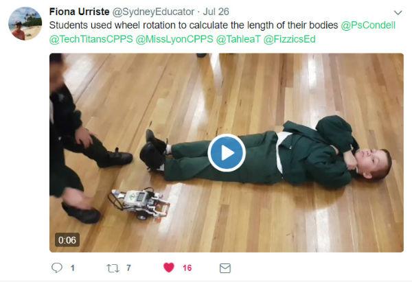 Robot measuring student at robotics TPL July 2017